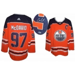 Connor McDavid signed Edmonton Oilers Hockey Jersey Beckett Authenticated